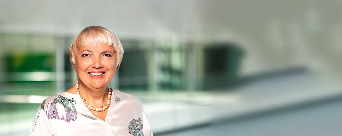 Quotes by Claudia Roth
