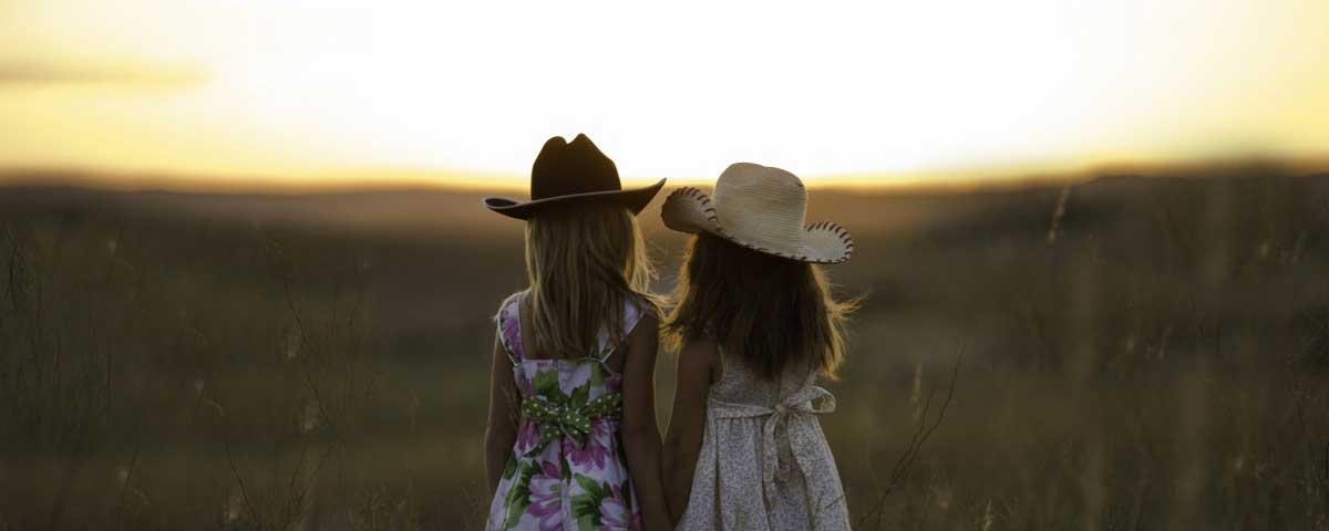 The best Quotes and Sayings about Sisters